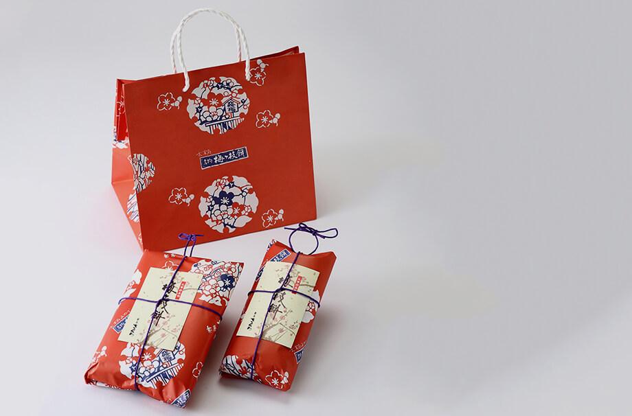 梅ヶ枝餅の包装